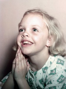 Teaching Your Child the Power of Prayer - Parenting Like Hannah