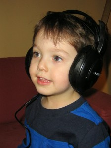 Teaching the Bible to Auditory Learners - Parenting Like Hannah